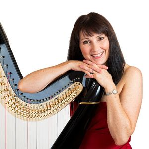Hire Oona Linnett Harpist for your event in Chester