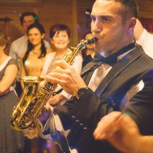 Sax I Do Solo Musician