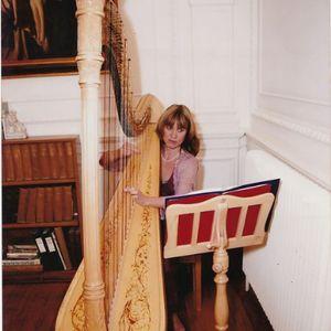 Oxfordshire Harpist Harpist