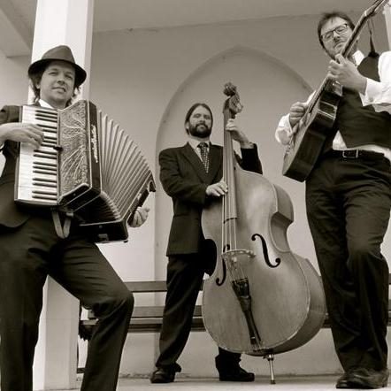 The Southside Gypsy Trio Swing Band