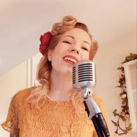 DAISY BIRD Vintage Singer