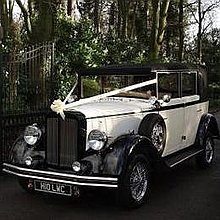 Love Wedding Cars Vintage & Classic Wedding Car