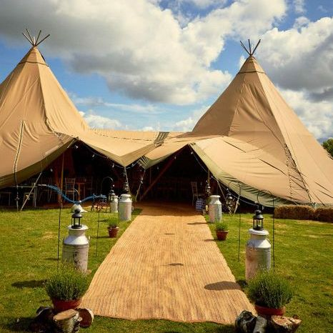 The Starlight Tipi Company - Catering , Aberdeen, Marquee & Tent , Aberdeen,  Yurt, Aberdeen Mobile Bar, Aberdeen Party Tent, Aberdeen Tipi, Aberdeen Cocktail Bar, Aberdeen