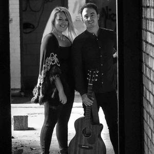 Matt & Lavinia - Live music band , Kent,  Function & Wedding Music Band, Kent Acoustic Band, Kent Live Music Duo, Kent Pop Party Band, Kent