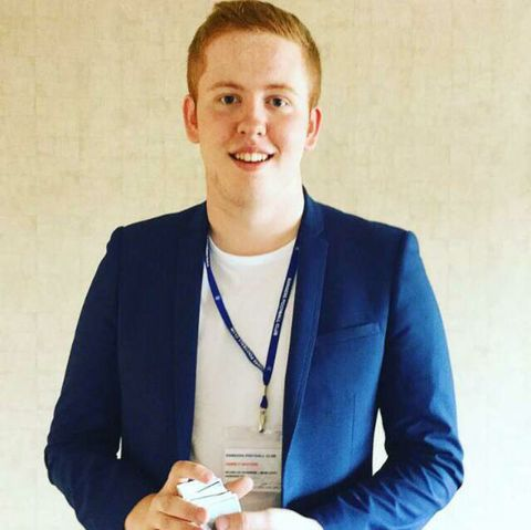 Cameron McTavish- Professional Events Magician - Magician , Glasgow,  Close Up Magician, Glasgow Table Magician, Glasgow Wedding Magician, Glasgow Illusionist, Glasgow Corporate Magician, Glasgow Mind Reader, Glasgow