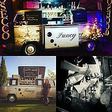 Flowing Events / VeeDub Camper Bar / Prosecco Van Hire Cocktail Bar