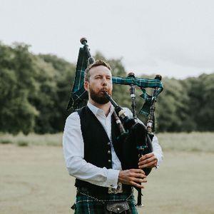 Matthew McRae - Solo Musician , London,  Bagpiper, London