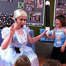Awesome Annies Parties Children's Magician