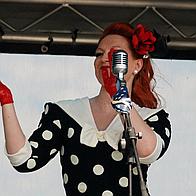 Fifi Sings Jazz Vintage Singer