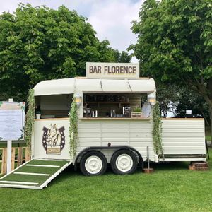 Flair 'N' Funk Mobile Bar