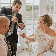 Magic by Alfie | Wedding & Corporate Events Magician Table Magician