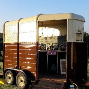 Henny's Vintage Caravan and Vintage Horsebox Mobile bar Candy Floss Machine