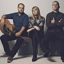 ACOUSTIC AVENUE Rock Band