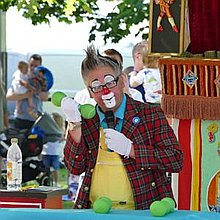 Andy the Clown Balloon Twister