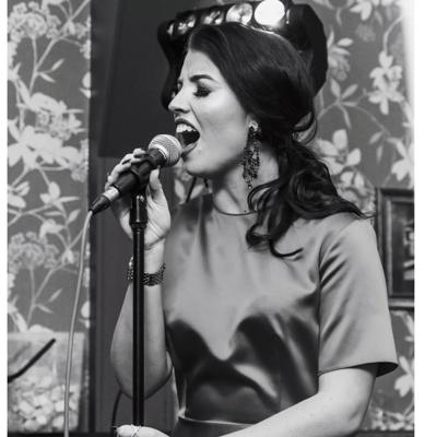 Emma Mawdsley - Singer Vintage Singer