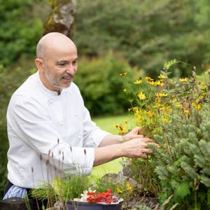 Private Chef Giuseppe Manzoli , Weddings & Events Across Scotland Afternoon Tea Catering