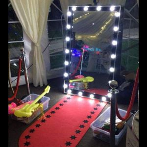 Memory Snap/ Shades Entertainment Photo Booth