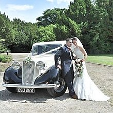 In Vogue Wedding Cars Vintage & Classic Wedding Car