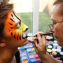 Squeak Entertainments Face Painter