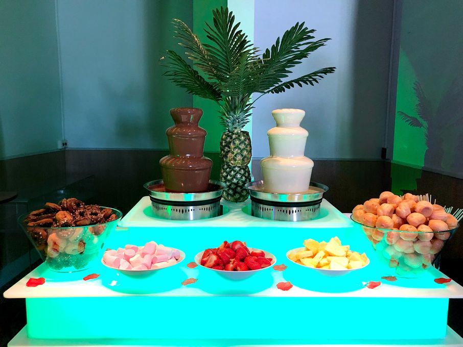 Sweet Treat Celebrations - Catering Photo or Video Services Event Decorator Marquee & Tent  - Southampton - Hampshire photo