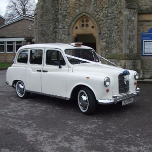 Champagne Wedding Cars Vintage & Classic Wedding Car