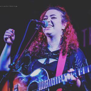 Samantha Jayne - Singer , Leeds, Solo Musician , Leeds,  Singing Guitarist, Leeds Vintage Singer, Leeds Wedding Singer, Leeds Live Solo Singer, Leeds Soul Singer, Leeds Singer and a Guitarist, Leeds