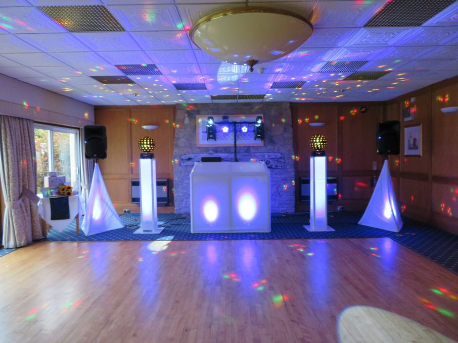 AAC Disco and Karaoke - Photo or Video Services DJ Singer  - Hampshire - Hampshire photo