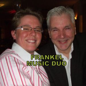 Frankel Singer and a Guitarist