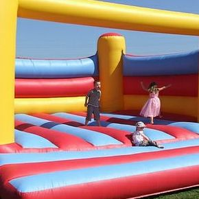 ES Promotions - Children Entertainment , Northampton, Games and Activities , Northampton, Event Decorator , Northampton,  Fun Casino, Northampton Mobile Climbing Wall, Northampton Sumo Suits, Northampton Bouncy Castle, Northampton Table Tennis, Northampton Table Football, Northampton Laser Tag, Northampton