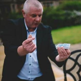 Robbie Danson Magician - Magician , Runcorn,  Close Up Magician, Runcorn Wedding Magician, Runcorn Table Magician, Runcorn Corporate Magician, Runcorn