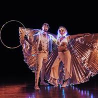 Lisa And Callum - LED Hula Hoop And Juggling Duo. Juggler
