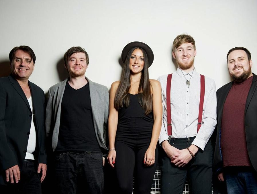 CHORUS - Live music band Tribute Band  - Hampshire - Hampshire photo