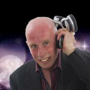 Wedding DJ Steve Dee Mobile Disco