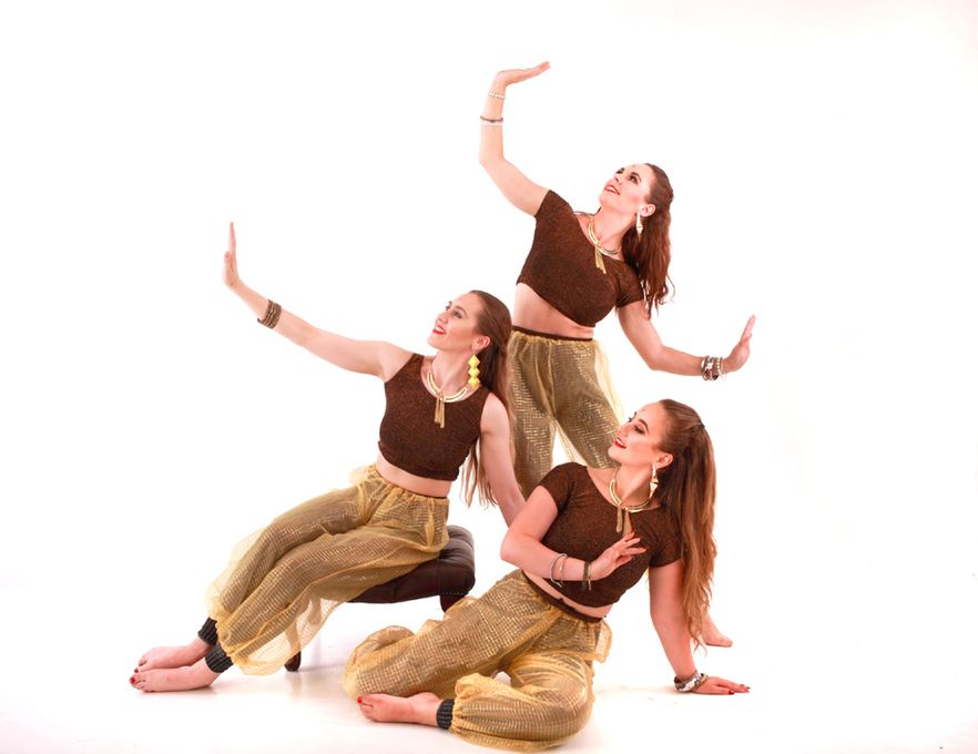 Rosettas Variety Entertainment - Circus Entertainment Children Entertainment Dance Act  - Nottinghamshire - Nottinghamshire photo