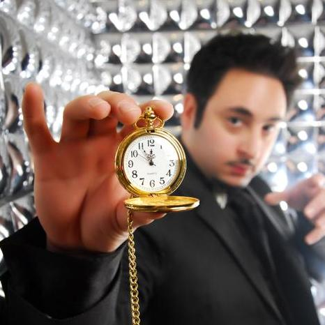 Ben Dali - Magician , London,  Close Up Magician, London Table Magician, London Wedding Magician, London Hypnotist, London Illusionist, London Mind Reader, London Corporate Magician, London