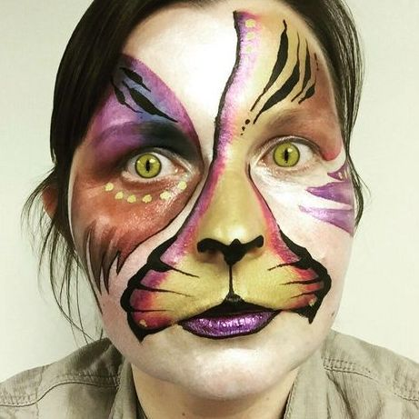 Fantasy Faces Face Painter