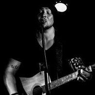 Andy Robbins Singing Guitarist