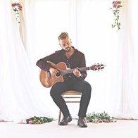 Alex - Singer/Guitarist Soul Singer