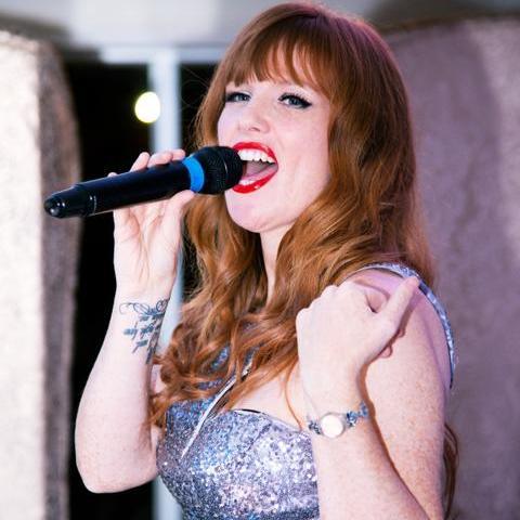 Hollie your Wedding Singer Live Solo Singer