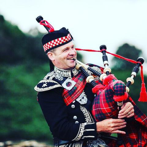spud the piper Bagpiper