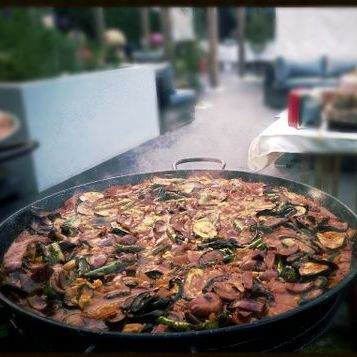 Little Urban Chef Paella Catering