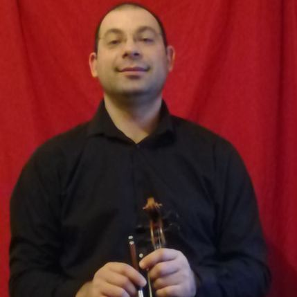 Alessio Violinist