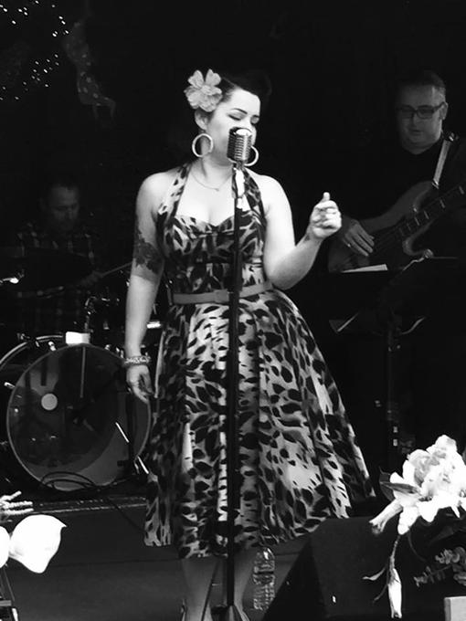 Becki Fishwick, Weddings and Events Singer - Live music band Singer  - Barrow In Furness - Cumbria photo