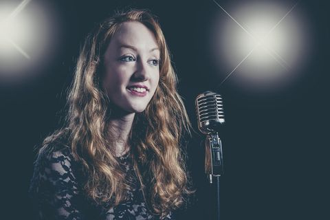 Lucy Cross - Children Entertainment , Cheshire, Solo Musician , Cheshire, Singer , Cheshire, Venue , Cheshire,  Vintage Singer, Cheshire Wedding Singer, Cheshire Live Solo Singer, Cheshire