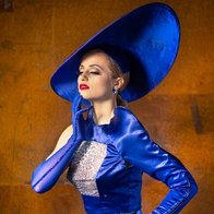 Didi Derriere Burlesque Dancer