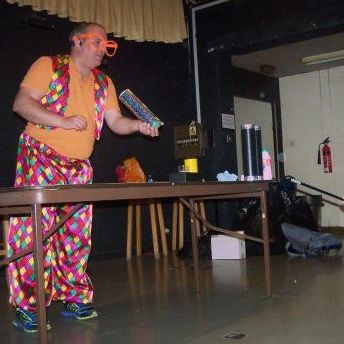 Daniel Twist - Children Entertainment , Blackpool, Magician , Blackpool,  Children's Magician, Blackpool Balloon Twister, Blackpool Clown, Blackpool