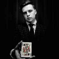 Sol Pratt - Magician and Mentalist Close Up Magician