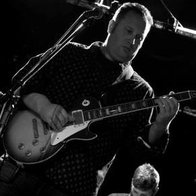 David Knight - Mark Knopfler Tribute Guitarist