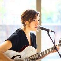 Meg Cavanaugh Singing Guitarist