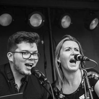 Madison Avenue UK - Live music band , Leicestershire,  Function & Wedding Band, Leicestershire Soul & Motown Band, Leicestershire Funk band, Leicestershire Disco Band, Leicestershire